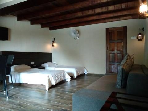 4 pax Villa (2 single bed)